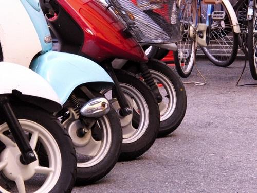 川崎で原付バイクの修理や中古スクーターの購入をお考えなら、【MAXオートリサイクル】へお任せ!